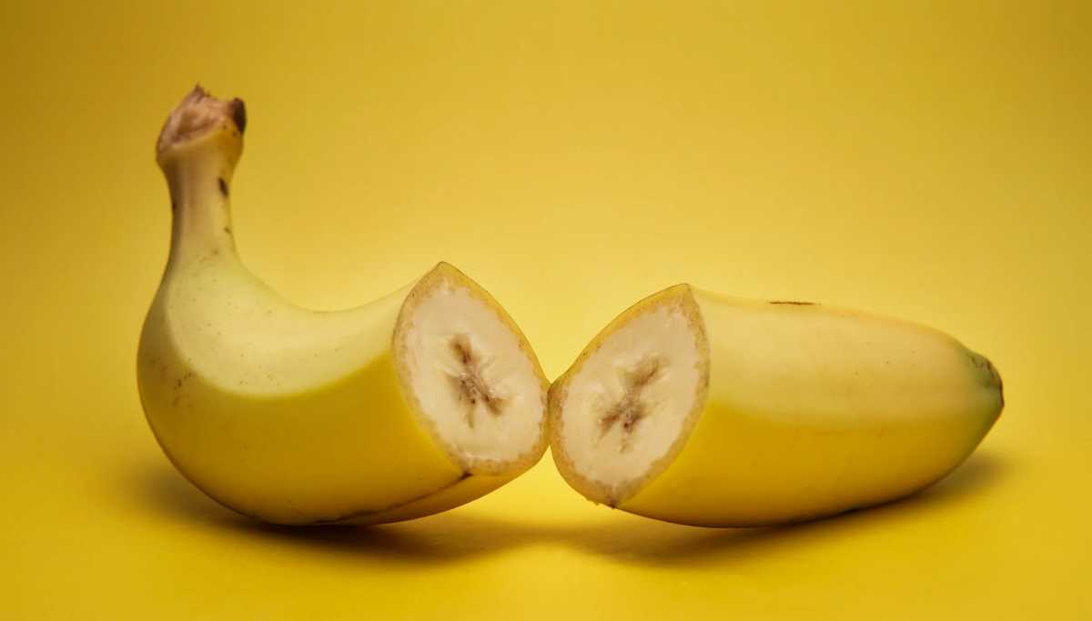 broken banana