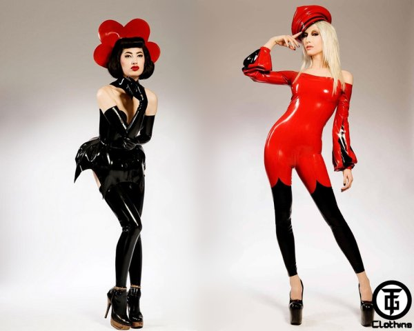Latex fashion goes Japanese (maybe)