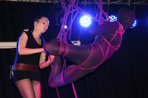 Boundcon report – This is what a bondage expo looks like (Part 1)